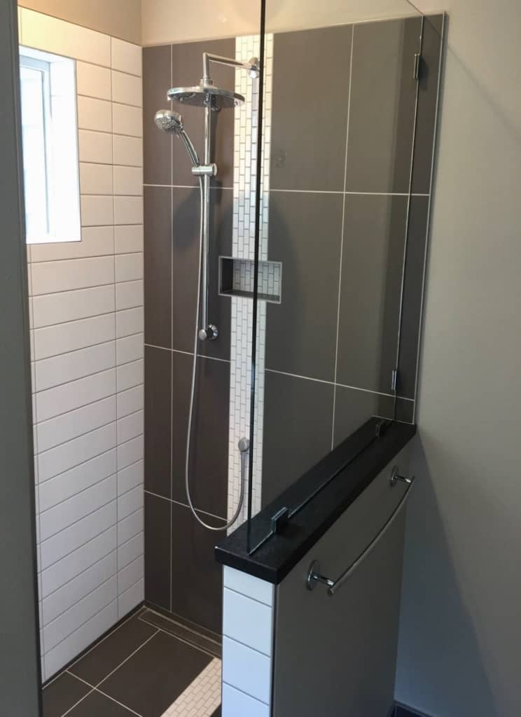 Shower Enclosure with Shower Head